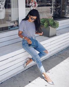 Pin for Later: 22 Easy Ways to Accessorize This Summer Incorporate Your Crossbody Bag Into Your Outfit