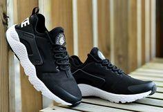 Nike Air Huarache Run Ultra Black-White