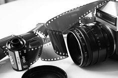 IMPARARE L'ARTE DELLA FOTOGRAFIA PROFESSIONALE: RISORSE UTILI PER TUTTI Molto spesso, quando si iniziano ad imprimere su pellicola o su memoria digitale i primi scatti, siamo entusiasti della nostra nuova macchina fotografica e desideriamo per questo fare più prove in stile libero per saggiare le nostre capacità e capire quale [...]
