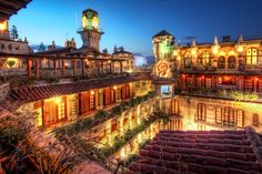 I love the Mission Inn and would love to get married there.
