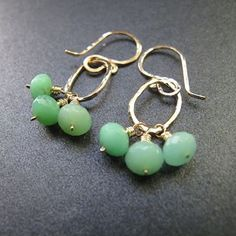 Victorian 172 Chrysoprase on small circle by CalicoJunoJewelry, $38.00