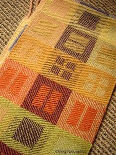 Unravelling - a beautiful use of twill blocks! Another weaving exploration project on my list.