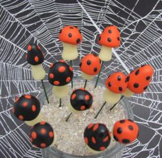 Mini fairy garden Halloween mushrooms/black and by ClayHoliday, $10.80