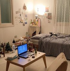 Study Room Decor, Room Ideas Bedroom, Bedroom Decor, Minimalist Room, Pretty Room, Aesthetic Room Decor, Cozy Room, Dream Rooms, My New Room