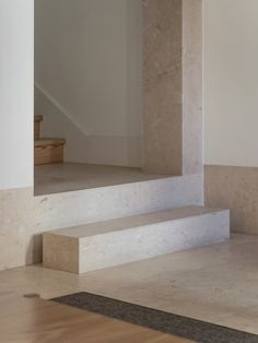 Gallery of Guesthouse in Lisbon / Pedro Domingos Arquitectos - 27