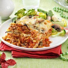 pasticho venezuelan lasagna recipe taste of home Comida Latina, Lasagna Recipe Taste, Home Recipes, Cooking Recipes, Venezuelan Food, Venezuelan Recipes, Latin American Food, Mexican Food Recipes, Ethnic Recipes