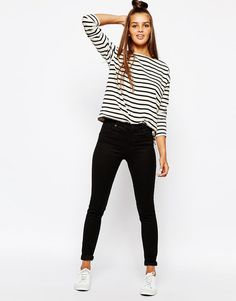 Here's how to find the best skinny jeans for your body type - click and find out what you should be wearing