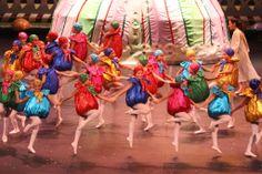 """Alumnos futuros  bailarines, en """"Cascanueces"""" en Theatro Municipal RJ 2013"""