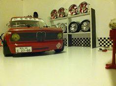 rc cars tuning-Tuning-Cars-Araba-Girls-Kız-Otomobil-Modifiye Rc Drift Cars, Rc Trucks, Car Tuning, Rc Cars, Badass, Toys, Board, Activity Toys, Remote Control Cars