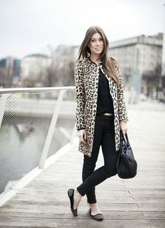 leopard paired with black... chic and FABULOUS for fall