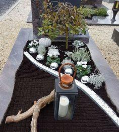 Grabgestaltung Herbst/Winter - New Sites Fall Winter, Autumn, Winter Diy, Grave Decorations, Cemetery Headstones, Arte Floral, Plantation, Gardening For Beginners, Winter Garden
