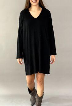 Πλεκτό φόρεμα V 50%visc 27%pol 23%polyam Total Black, Knit Dress, Must Haves, Dresser, Knitting, Sweaters, T Shirt, Outfits, Fashion