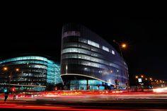 Discovery HQ | Cnr Rivonia & Katherine Street | Sandton | Johannesburg | South Africa. #longexposure #nightmissions #lighttrailsphotography