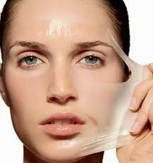Egg white helps to tighten the skin and shrink large pores. This mask will leave your skin glowing and firm. To make this egg white mask for oily skin, you'll need only a couple of ingredients. Oily Skin Treatment, Skin Treatments, The Face, Face And Body, Skin Tips, Skin Care Tips, Egg White Mask, Mask For Oily Skin, Oily Face