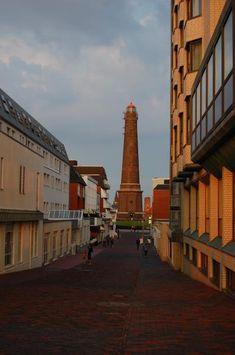 Borkum: Blick auf den neuen Leuchtturm