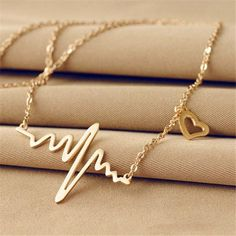 New Fashion Jewelry Imitation Titanium Steel Bijoux Femme Gold silver Ecg Heart Necklace Clavicle Choker Pendant Necklace Heart Jewelry, Cute Jewelry, Vintage Jewelry, Jewelry Accessories, Silver Jewelry, Silver Earrings, Royal Jewelry, Turquoise Jewelry, Jewelry Trends