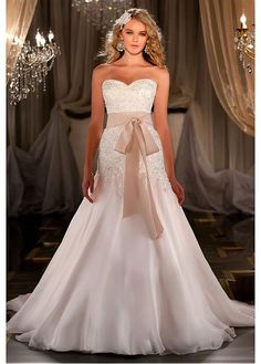 GORGEOUS ORGANZA SATIN CHIFFON A-LINE SWEETHEART NECKLINE WEDDING DRESS WITH BEADED LACE APPLIQUES