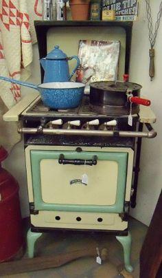 rare antique skelgas range gas stove oven 1920s warmer 4 burners vintage propane kitchen yes. Black Bedroom Furniture Sets. Home Design Ideas