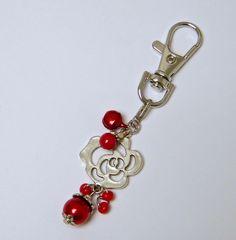 Accessoires de mode, bijou de sac ou porte clés, laiton argenté, métal peint, perle nacrée, rouge, argenté : Porte clés par mes-creations-plaisir