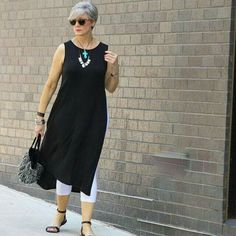 Beth from layers her J.Jill Wearever lightweight long tunic over her J.Jill capri leggings and accessorizes with her J.Jill Born Stephane sandals and her J. Over 60 Fashion, Mature Fashion, Over 50 Womens Fashion, Fashion Over 50, Plus Size Fashion, Fashion Looks, Feminine Fashion, Ladies Fashion, Mode Outfits