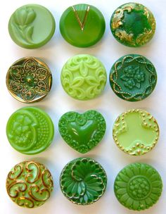 Vintage and Antique Glass Buttons...so pretty!