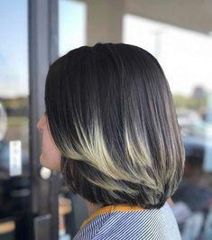 Bob Hairstyles With Bangs, Bob Haircuts For Women, Short Bob Haircuts, Hairstyles For Round Faces, Under Hair Dye, Bob Haircut For Fine Hair, Chin Length Hair, Trending Hairstyles, Balayage Color