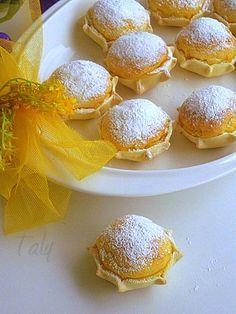 LE PARDULAS- Dolci tipici pasquali della Sardegna a base di ricotta, bucce di agrumi, semola e zafferano..e la tavola di Pasqua si tinge di giallo!