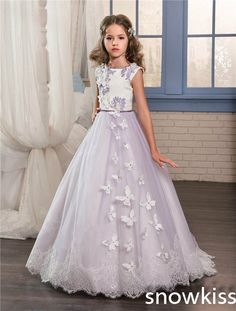 89.00$ Buy now - http://ali289.shopchina.info/1/go.php?t=32797319942 - Beautiful purple flower girl dress for wedding with lace appliques tulle open back junior pageant dresses with train and bow #aliexpress