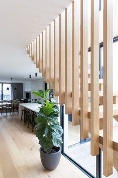 Gorgeous Wooden Staircase Design Ideas For Branching Out 34 Wooden Staircase Design, Wooden Staircases, Railing Design, Modern Staircase, Spiral Staircase, Stair Railing, Stairways, Staircase Ideas, Railings