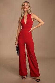 Your admirers will have a lot to say about their love for you in the Thinking Out Loud Red Backless Jumpsuit! Knit jumpsuit has wide crossing straps. Backless Jumpsuit, Red Jumpsuit, White Romper Shorts, Metallic Party Dresses, Rompers Dressy, New Years Dress, Casual Outfits, Fashion Outfits, Jumpsuits For Women