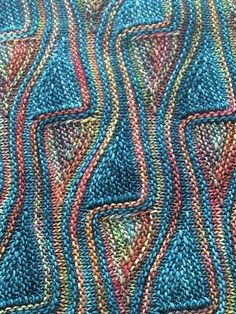 Ravelry: pammygee Mein Barcelona - Strickmuster Ravelry: pammygee Mein Barcelona - StrickmusterFree Knitting Pattern for Easy Pocketed Scarf in Super Bulky Yarn - Stricken ist so einfach wie Knitting Short Rows, Knitting Charts, Knitting Stitches, Knitting Needles, Baby Knitting, Free Knitting, Ravelry, Stitch Patterns, Knitting Patterns