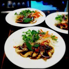 Warm asian pork salad