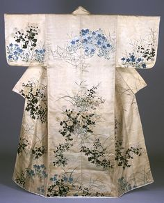 Tokyo National Museum  exhibition: Ukiyo-e and Fashion in the Edo Period  Kosode dress (i.e. garment with small wrist openings)  Design of flowering plants of autumn on white ground.  Hand painted by Ogata Korin. L.147.2, yuki 65.1. Edo Period, 18th century. Important Cultural Property