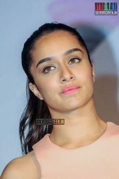 Shraddha Kapoor Cute, Beautiful Indian Actress, Indian Beauty, Indian Actresses, Bollywood, Image