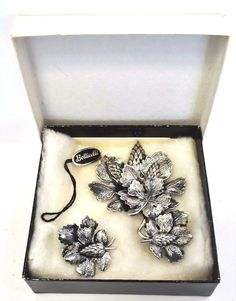 Botticelli Silver tone Leaf Pine Cone Signed Brooch Pin Earring Jewelry Org Tag #Botticelli
