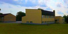 Gamla gymnastiksalen Ekhammarskolan fasaden åtgärdad, till vänster syns delar av huvudbyggnaden.
