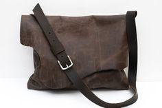 Oiled leather messenger bag. Chocolate brown leather bag. Rustic leather handbag. Bags and purses. LB009