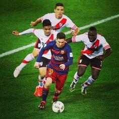 "foxdeportes: ""Me lo cubren bien por favor"" -Gallardo.  #FOXDeportes #Futbol #Soccer #FCBarcelona #RiverPlate #MundialDeClubes  #Messi"