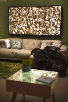 VIAPLANT LIGHT - Phragmit Open Up, Flat Screen, Lights, Interior Design, Blood Plasma, Nest Design, Home Interior Design, Interior Designing, Flatscreen