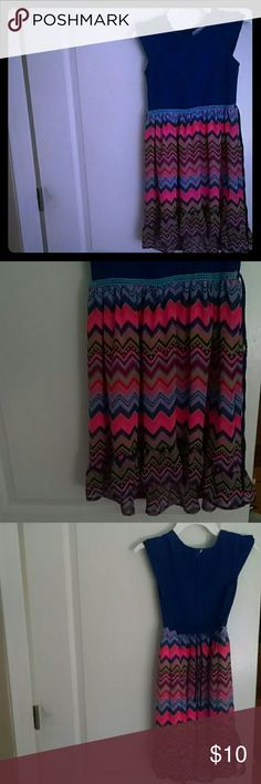 Summer funky girs dress Capped sleeve blue torso with colorful zig zag pattern flow bottom with layers and longer extend to the back, very girly and light Youngland Dresses Casual
