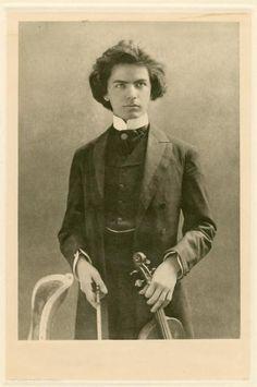 Violinist and composer, Jan Kubelík (1880-1940).