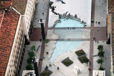 Es la fuente de la #Hispanidad, construida en 1991 en honor los países hispanoamericanos. Lorien Old publicó en su blog esta espectacular foto que tomó en 2008 sobrevolando #Zaragoza en globo.