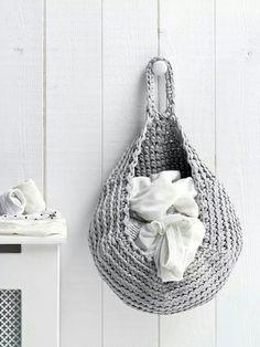 Crochet basket pattern