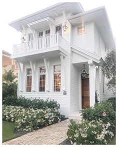 "317 Likes, 15 Comments - Katie Kurtz • Real Estate (@adornedhomes) on Instagram: ""Coastal style at it's finest! One of our favs while walking the streets in Naples #floridalife…"""