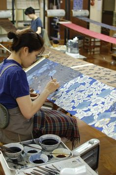 One hot Tuesday morning Beth, Natalie and I cycled to the edge of Kyoto to do a stencil dying workshop  in a factory and school that...