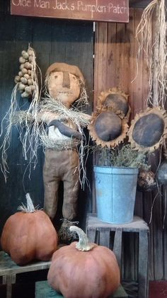 Hinton Primitives Primitive Scarecrows, Primitive Autumn, Primitive Pumpkin, Primitive Crafts, Primitive Christmas, Scarecrow Doll, Halloween Doll, Fall Halloween, Fall Harvest Decorations
