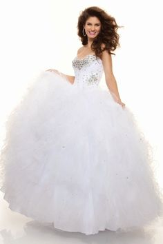 2013 Quinceanera Dresses Ball Gown Sweetheart Floor Length Ruffle Beading & Sequins