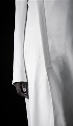 Clean White Coat - chic minimalist fashion details // Yuhl Jung Spring 2016