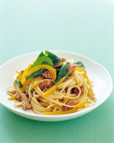 Valentine's Day Pasta Recipes: Linguine with Turkey Sausage and Peppers