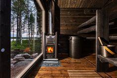Traditional wood-heated sauna with the most amazing view & Harvia 20 Pro sauna heater. Rustic Saunas, Modern Saunas, Diy Sauna, Sauna Heater, Outdoor Sauna, Sauna Design, Finnish Sauna, Spa Rooms, Sauna Room